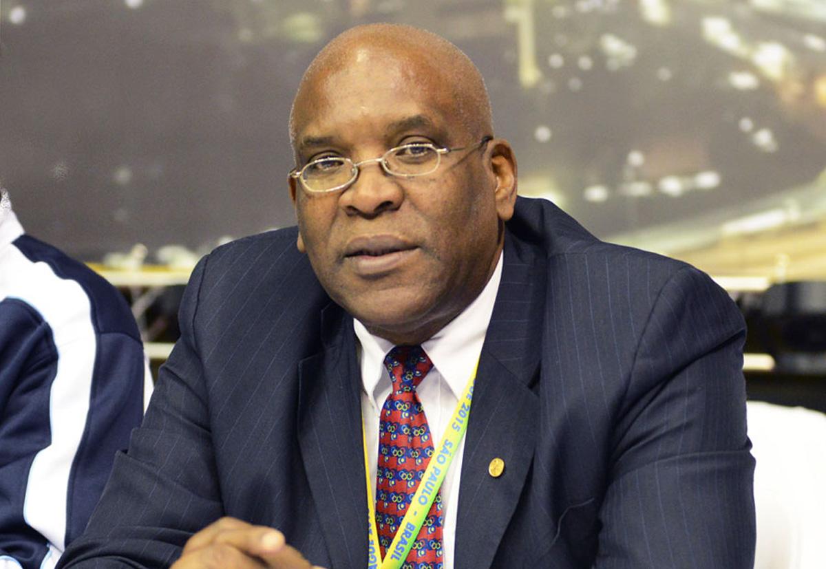 Vice-presidente da World Karate Federation preside o Parlamento de Curaçao