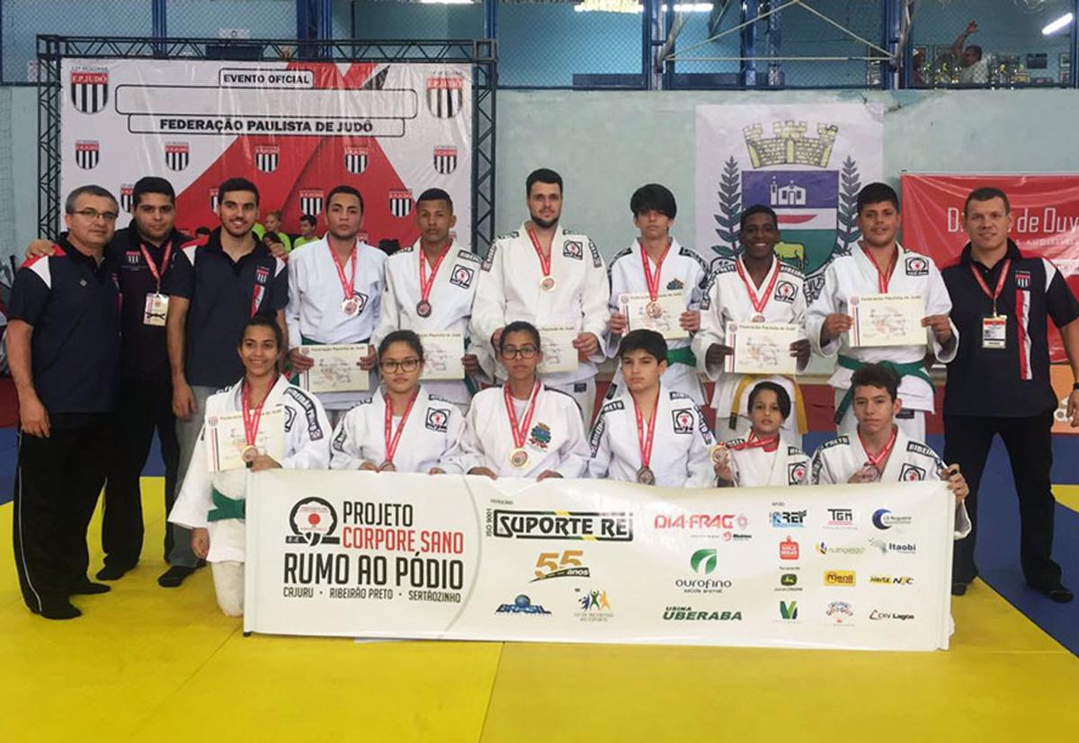 Judô de Ribeirão Preto fatura seis ouros na fase regional do Campeonato Paulista