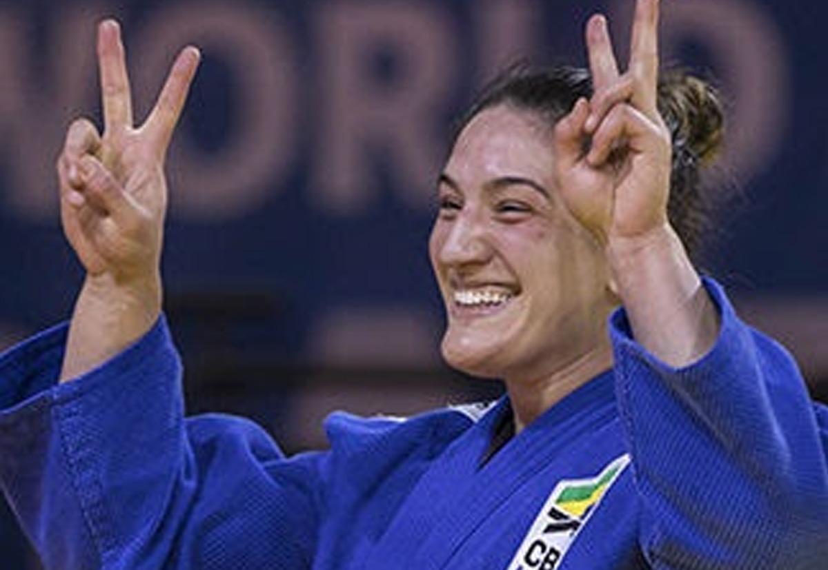 Mayra Aguiar é bicampeã mundial em Budapeste