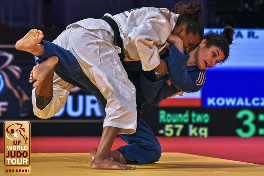 Brasil obtém três medalhas de prata no primeiro dia do Grand Slam de judô, em Abu Dhabi