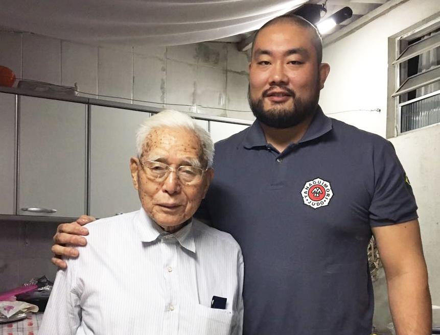Aos 97 anos, Massaru Yanagimori celebra a preservação dos princípios do judô