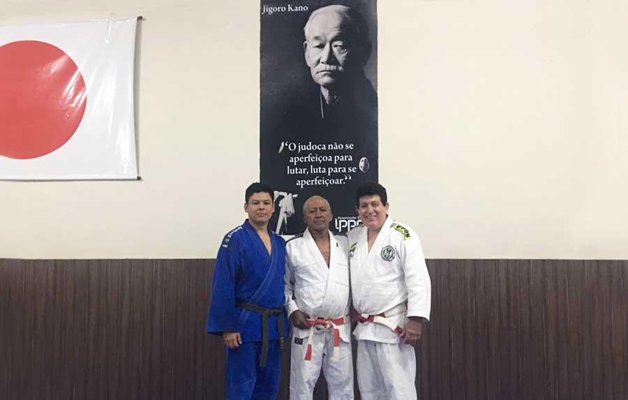 Em Anápolis, Maurício Shiozawa revive a técnica refinada herdada do pai, Lhofei Shiozawa