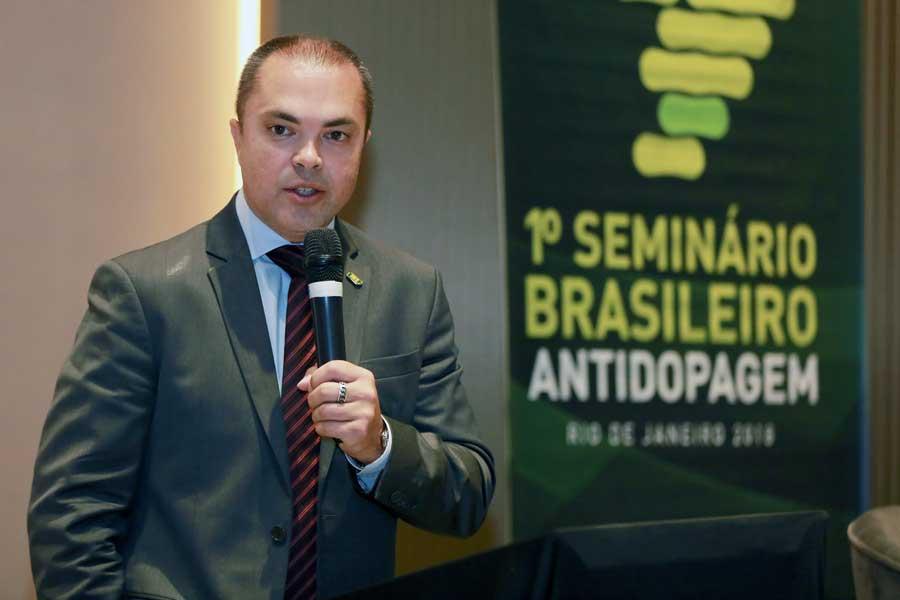 Com a visão de atletas, médicos e juristas, Seminário Brasileiro Antidopagem é realizado no Rio de Janeiro