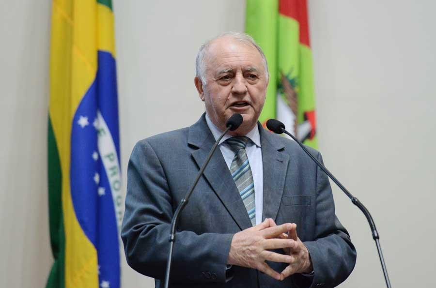 Deputado Natalino Lázare celebra os 45 anos da Federação Catarinense de Judô