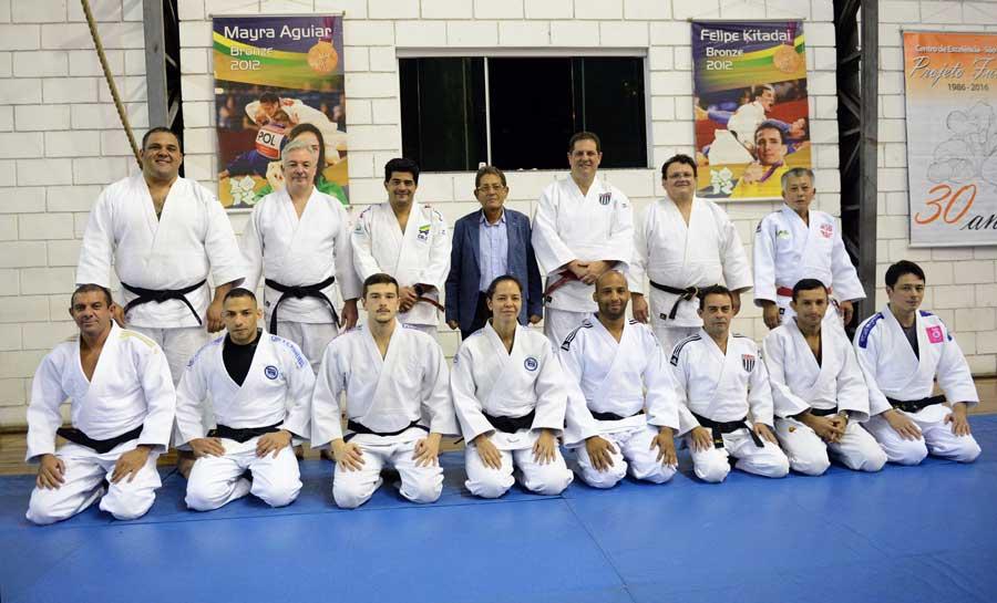 Supertreino da FPJudô leva atletas da seleção brasileira à Arena Olímpica do Judô no Ibirapuera