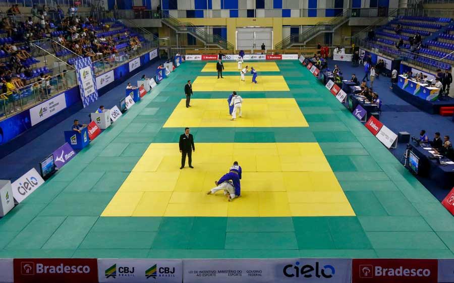 Com dez judocas nas finais e oito na disputa do bronze, São Paulo busca campanha histórica no sênior