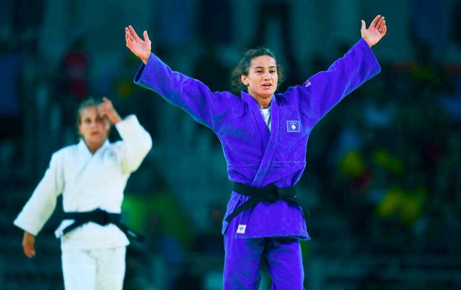 Kosovo ganhou primeira medalha de ouro olímpica em país que não o reconhece