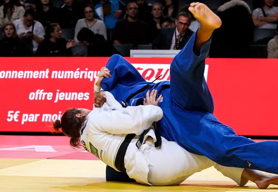 Esporte Clube Pinheiros garante dobradinha brasileira no Grand Slam de Paris