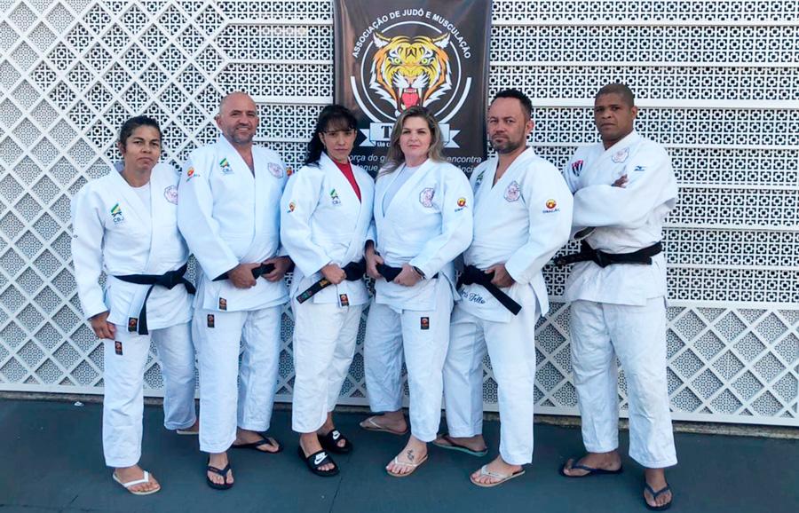 Campeonato de judô funcional por equipes recebe 160 atletas paulistas e pernambucanos