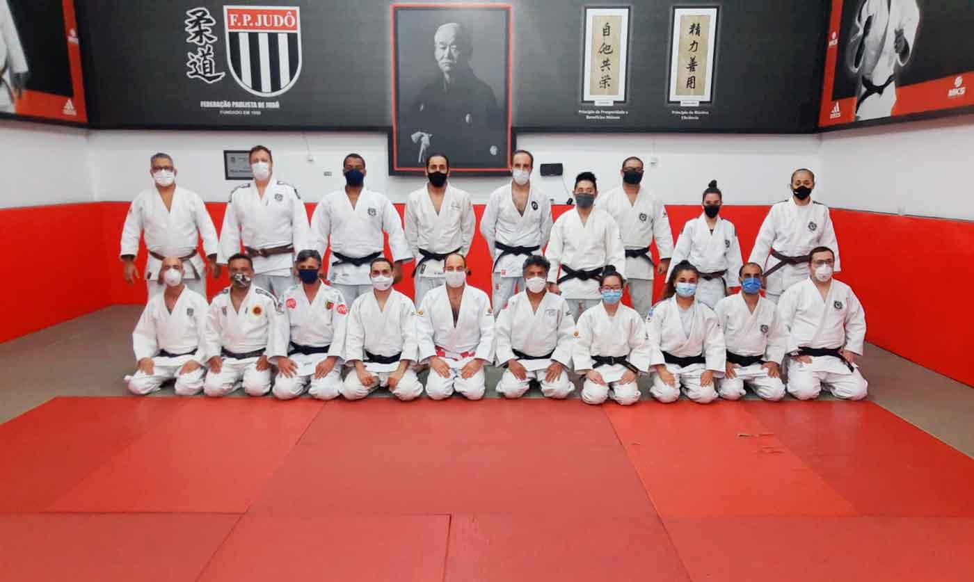 Após mais de um ano, treino presencial de kata é retomado no CAT da FPJudô