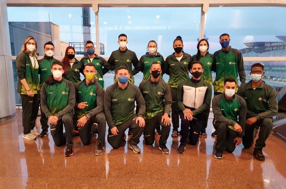 Delegação brasileira de taekwondo embarca para Tóquio após treinamento na Sérvia