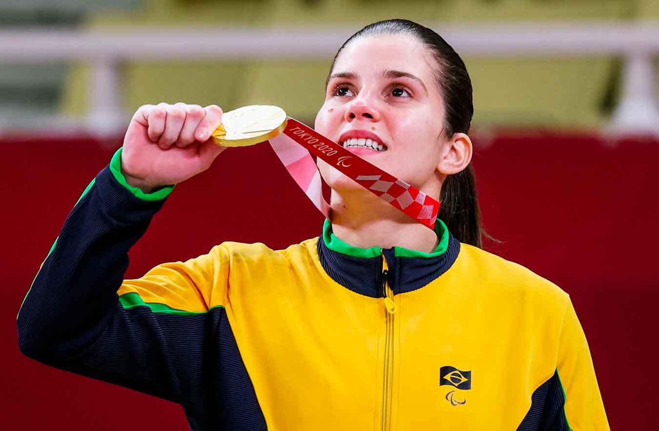 Paulista Alana Maldonado rompe tabu e conquista o primeiro ouro feminino do judô paralímpico